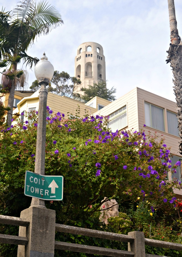 coit tower sign